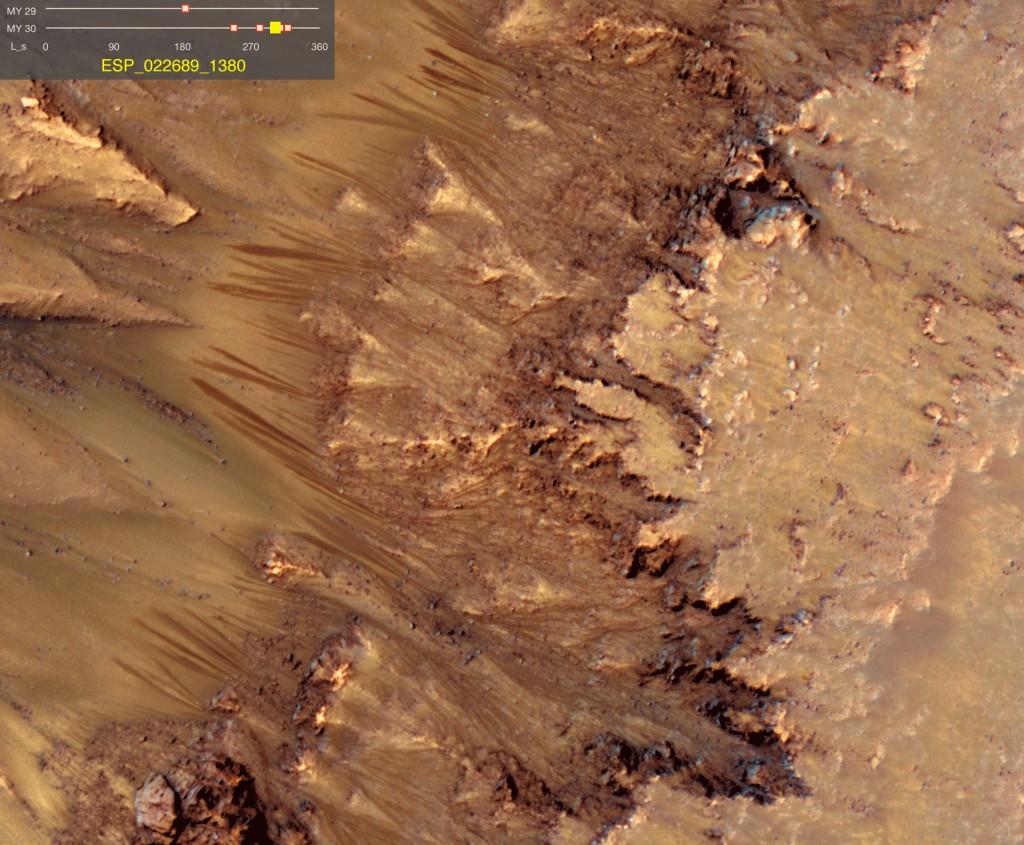 Captura de la animación de los flujos en el cráter Newton. NASA/JPL/University of Arizona