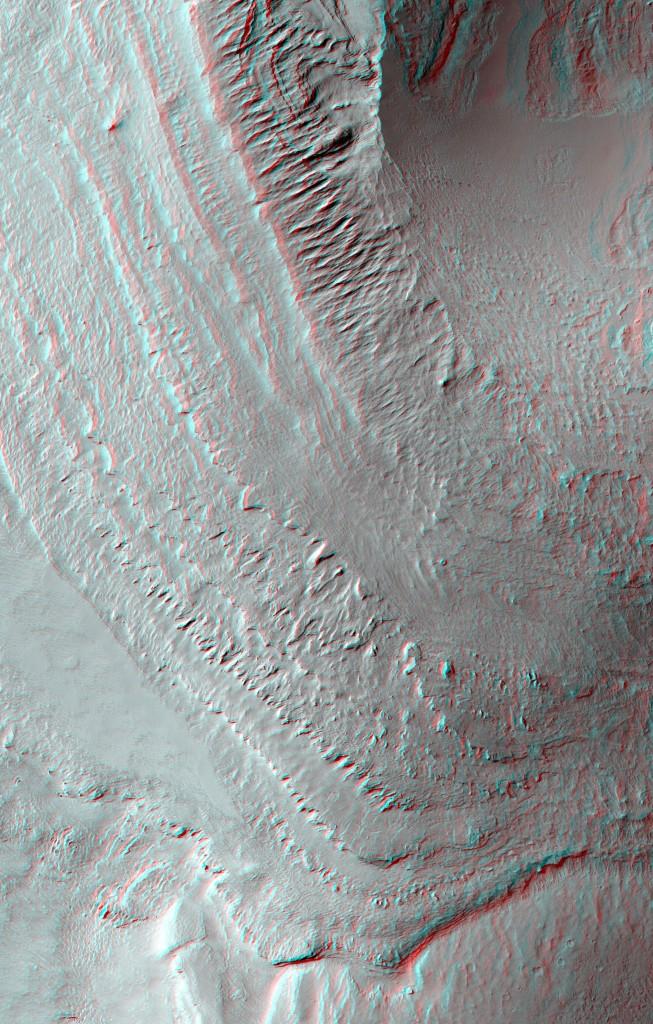 Estratificación visible en la zona central de Gale. NASA/JPL/UA.