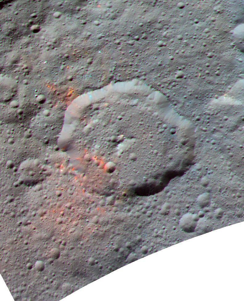 En esta imagen podemos apreciar el cráter Ernutet, de unos 52 kilómetros de diámetro.. Las zonas de color rojo son donde se han descubierto las mayores concentraciones de compuestos orgáncos. NASA/JPL-Caltech/UCLA/MPS/DLR/IDA.