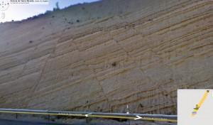 Conjunto de Fallas en un corte de la A-44 - Google Street View
