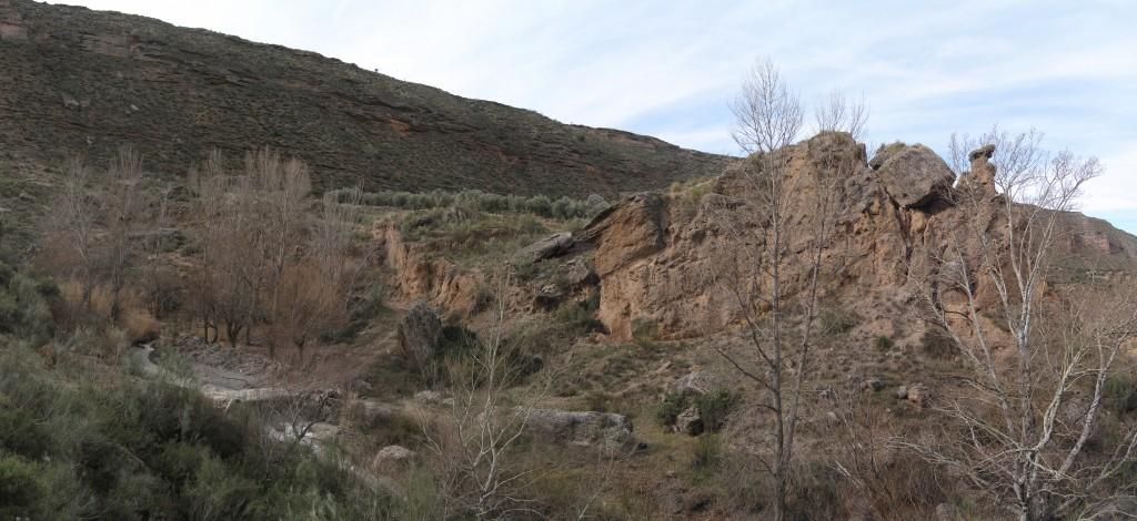 Panoramica de la Chimenea de las Hadas y el deslizamiento
