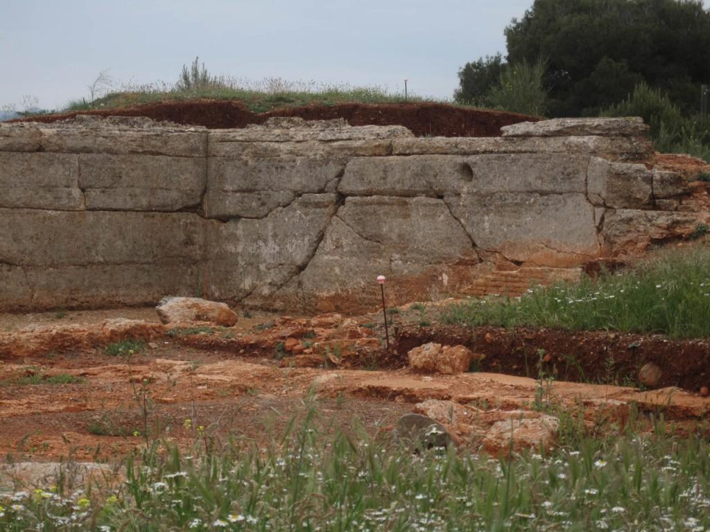 Detalle de la rotura de una acequia de abastecimiento durante el terremoto de Julio de 1431