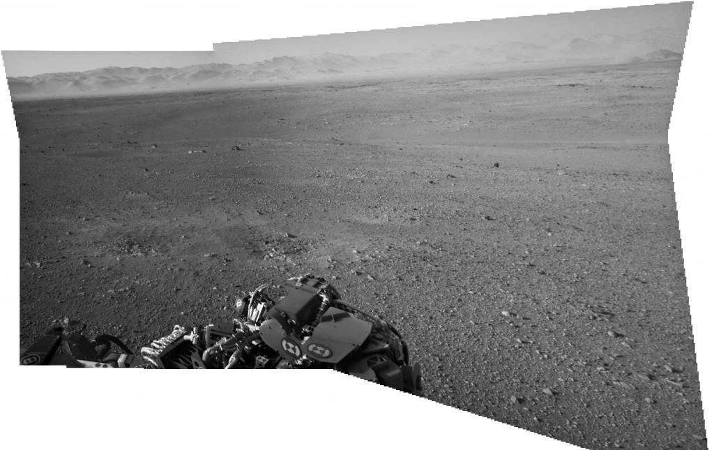 Panorama creado a partir de las imágenes de la Navcam derecha. NASA/JPL-Caltech.