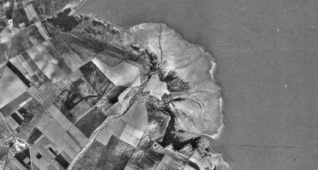 """Imagen del delta del Barranco Fayona tomada en 1957 durante la ejecución del """"vuelo americano""""."""