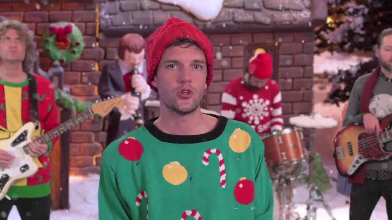 Quien iba a imaginarse que Brandon Flowers acabaría cantando una canción con contenido geológico. The Killers.