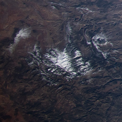 A los fanáticos del esquí seguro que os suena este detalle. Es Aragón, en la zona de Valdelinares, donde se encuentra la estación de Esquí del mismo nombre. NASA.