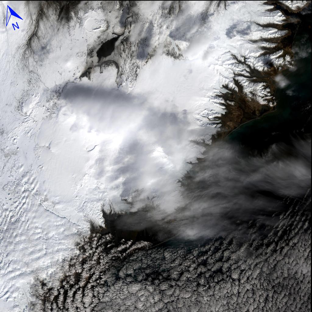 Islandia, fotografiada por el Landsat 8 el pasado día 18 de Abril de 2015. NASA/USGS.