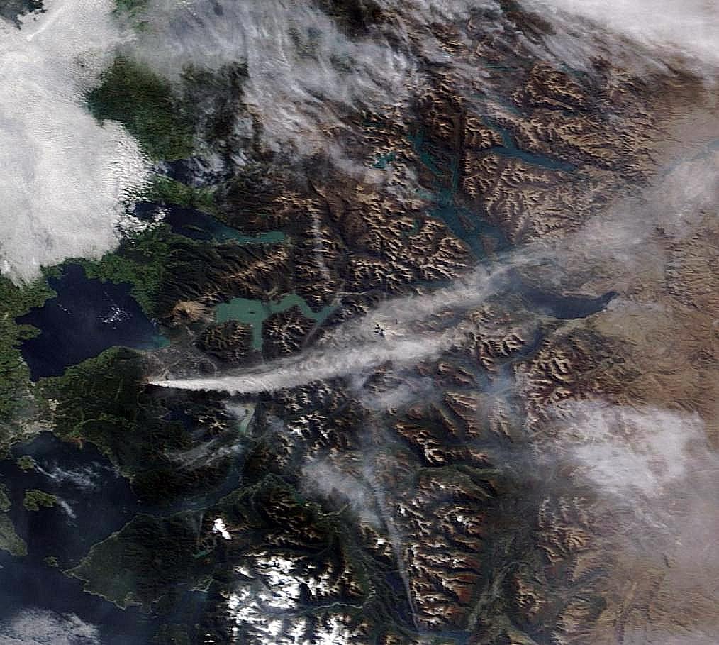 El Calbuco, fotografiado el día 24 de Abril de 2015 por el satélite Terra. NASA.