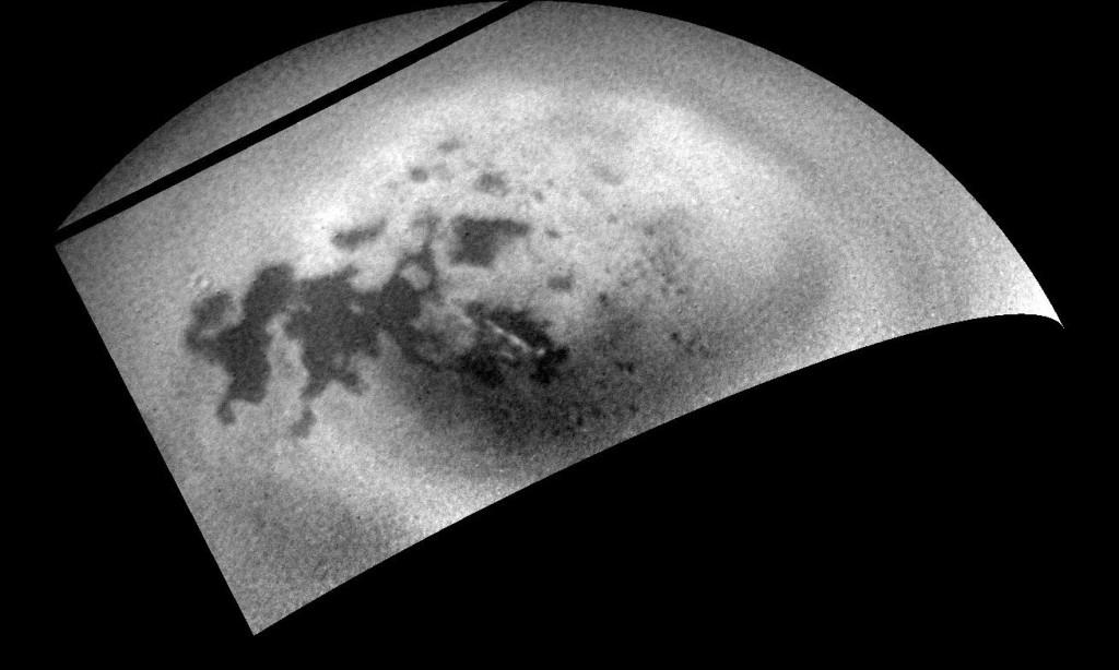 Algunos de los lagos del Polo Norte de TItán, fotografiados en el año 2014 por la Cassini. NASA/JPL-Caltech/Space Science Institute.